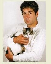 Серкей Маковецкий и его кот Мусик фото