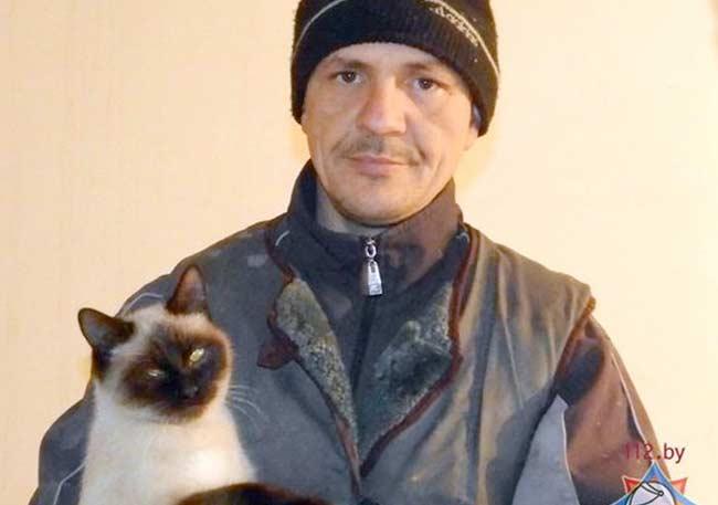 В Белоруссии кошка спасла своих хозяев от пожара фото